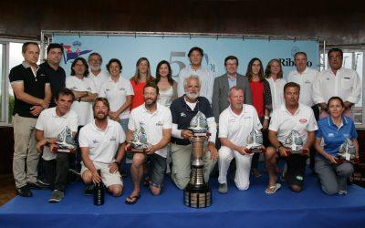 """El """"Aceites Abril"""" se impuso en la etapa final al """"Pairo 8"""" y retuvo el título de ORC 1 en la 53ª Regata Ribeiro, ganada en ORC 2 por el """"Bosch"""""""