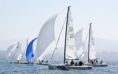 El velero santanderino y el vigués dejan para la última Fase el reto del cetro dorado de la Liga Nacional de J70
