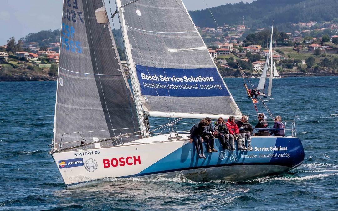 Los barcos de Bosch brillan en  la apertura del Trofeo Repsol