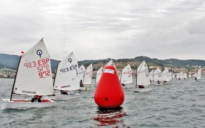 Medio centenar de barcos se disputan el Trofeo Baitra a partir de mañana en Baiona