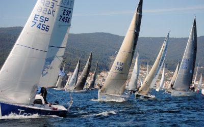 La 6ª Regata Interclubes de la Ría de Pontevedra suelta amarras mañana en Combarro