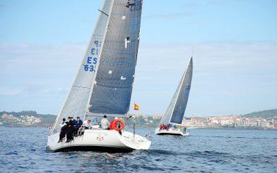 El Aldán da un golpe de efecto en la primera prueba de la XXIV Regata Almirante Rodríguez Toubes de Cruceros